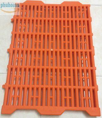 Tấm nhựa lót sàn chuồng heo (chuồng chó) 40x55 cam kết về chất lượng