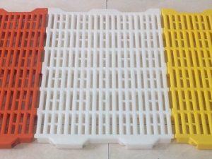 Tấm nhựa lót sàn heo cao cấp Phú Hòa An