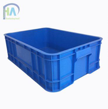 Thùng nhựa đặc B1 màu xanh giá cả cạnh tranh trên toàn quốc