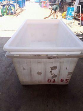 Phú Hòa An sản xuất số lượng lớn Thùng nhựa chữ nhật 1200 lít