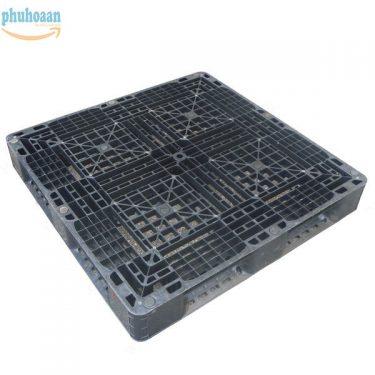 Pallet nhựa cũ NB1111 Phú Hòa An được khách hàng ưa chuộng