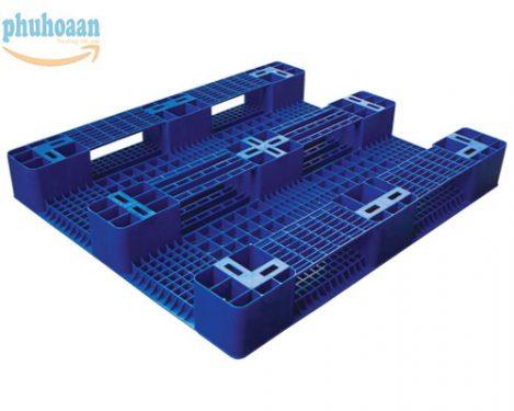 Pallet nhựa SGP1210 được khách hàng rất ưa chuộng