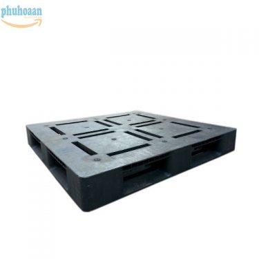 Pallet nhựa cũ NB1111D giá ưu đãi, chất lượng cực đảm bảo