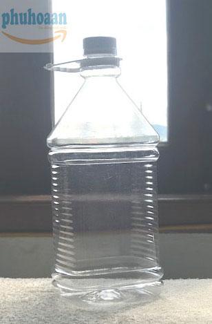 Can nhựa đựng nước rửa kính 2,5 lít Phú Hòa An